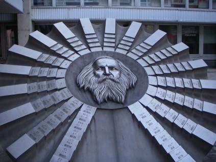 dmitri mendeleev statue dmitrimendeleev.com